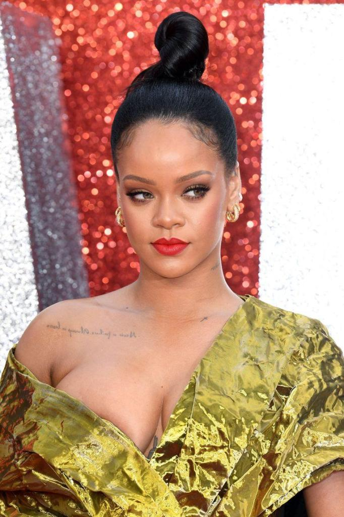 "Rihanna's father defends himself: ""I haven't exploited her"""