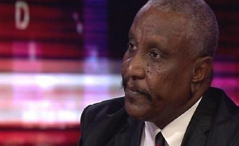 Photo of Yasir Arman returns to Sudan despite death sentence