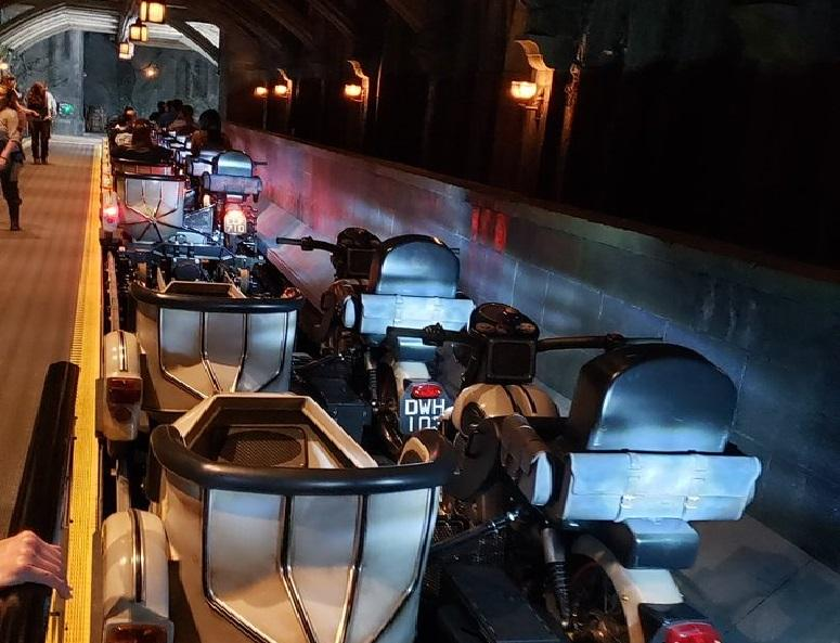 Harry Potter fans wait up to 10hrs for a new spectacular rollercoaster