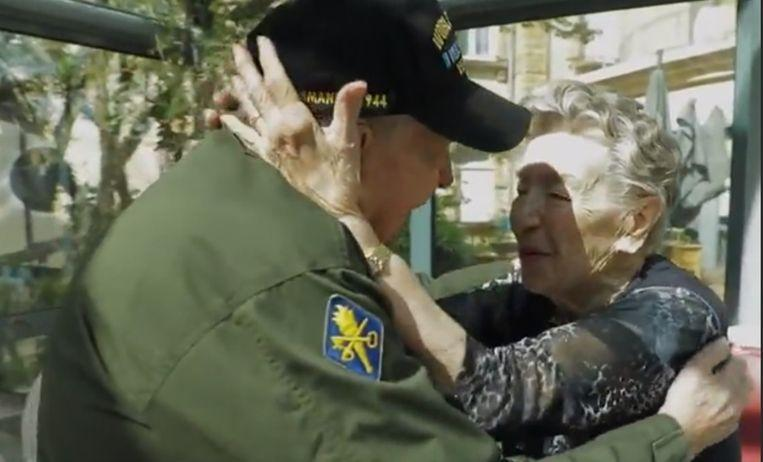 Photo of Soldier fell in love during WWII, 75 years later he finds her again