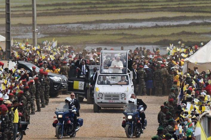 Pope holds Mass for 1 Million people in Madagascar