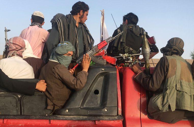 Afghanistan releases 1,500 Taliban prisoners