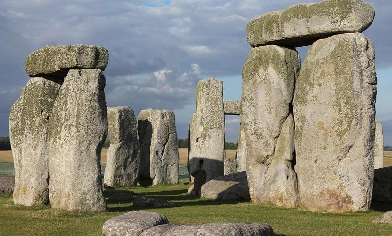 Photo of Archaeologists unravel the mystery surrounding the origin of Giant Stonehenge stones