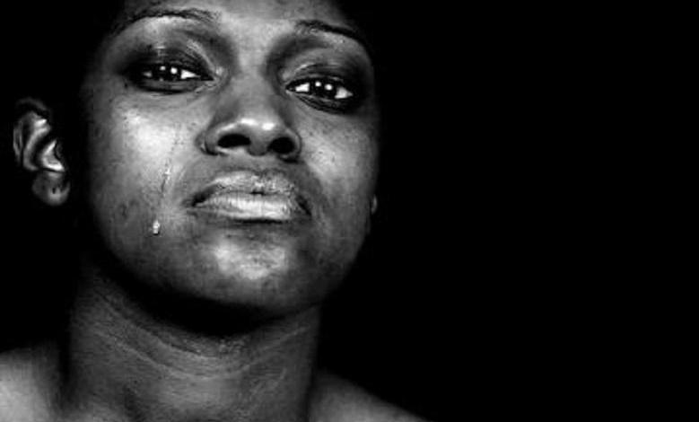 Photo of Wife cries out after husband dump her due to miscarriages