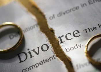 Divorce papers. Photo; USATODAY