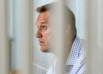 (FILES) In this file photo taken on June 24, 2019 Russian opposition leader Alexei Navalny attends a hearing at a court in Moscow. – EU foreign ministers will discuss the case of Alexei Navalny when they hold talks on April 19, 2021, Germany said, as fears grew of the hunger-striking Kremlin critic's deteriorating health while he is being held in a Russian penal colony. (Photo by Vasily MAXIMOV / AFP)