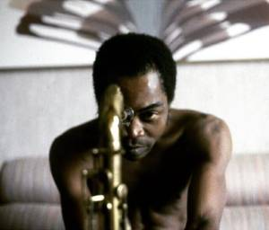 Fela Kuti Biography & History