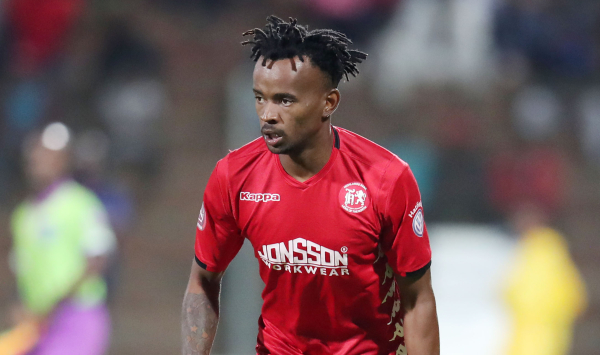 Pirates looking to land Highlands defender