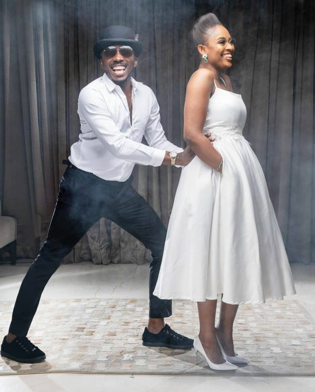 Comedian Bovi celebrates 11th wedding anniversary with beautiful family photos