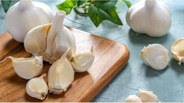 8 health benefits of adding Garlic to your food
