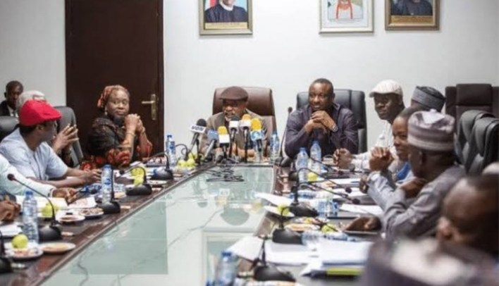 Hike in petrol, electricity tariff: FG gives update after meeting with Labour