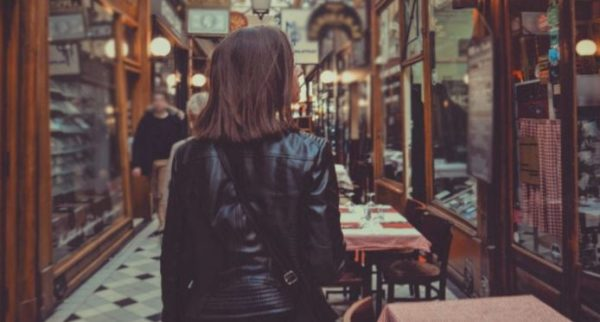 10 things to know when dating an independent woman