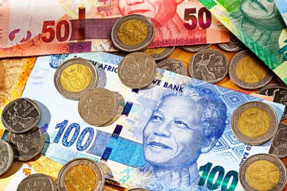 Check out the hilarious reason Mzansi Twitter trends #money