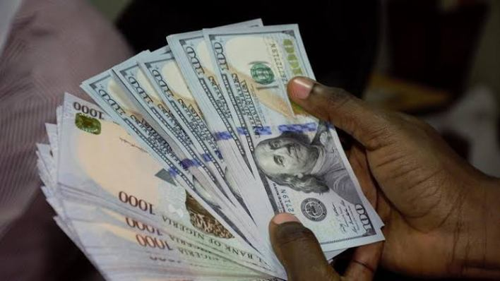 Naira falls to 460/$ at parallel market