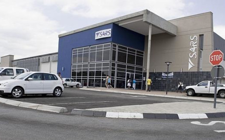 Sars official accused of corruption, extortion in court