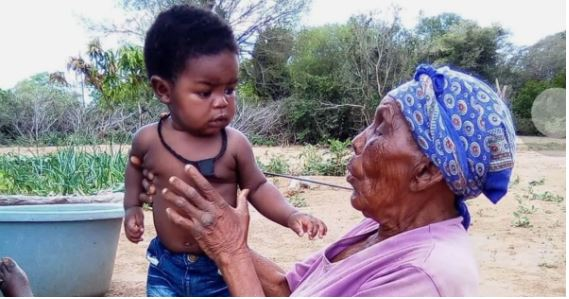 Mom shares adorable snap of her baby and 115-year-old great-grandmother