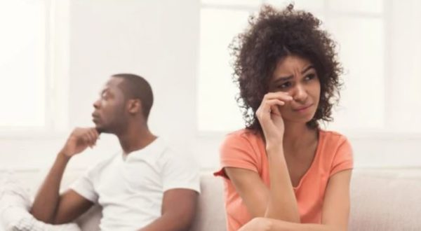 6 exhausting stages of a toxic relationship