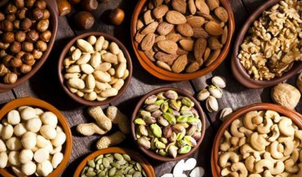 5 amazing benefits of including nut in your daily diet