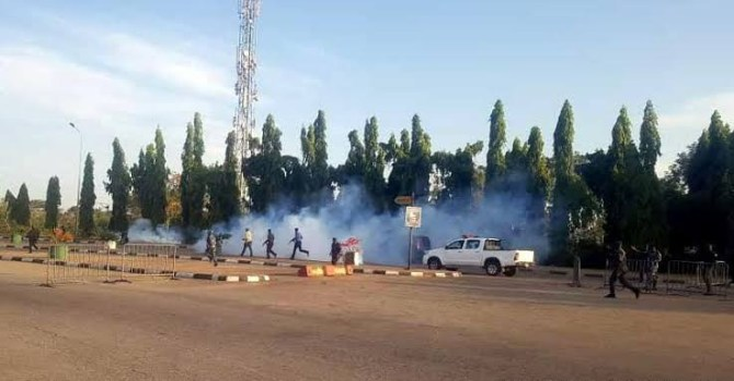 Police attack EndSARS protesters, arrest four in Abuja