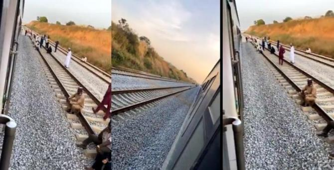 Stranded passengers lament as Abuja-Kaduna train breaks down in the middle of nowhere (Video)