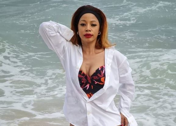 Kelly Khumalo stuns on Moziak Magazine 2020 finale cover