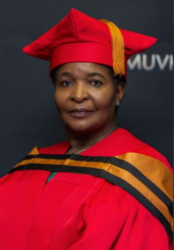Muvhango actress, Regina Nesengani bags doctorate degree