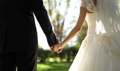 Here are the 7 awkward reasons to get married