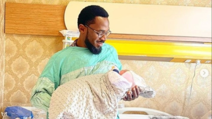 Popular singer, D'banj welcomes baby girl with wife