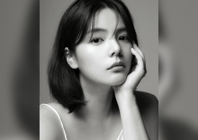 Korean actress and model, Song Yoo-Jung dies mysteriously at 26