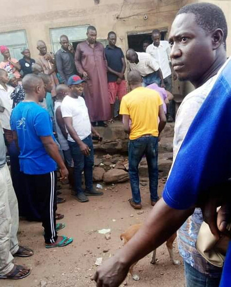 PHOTOS: Soldiers allegedly flee after shooting pregnant woman dead in Kogi