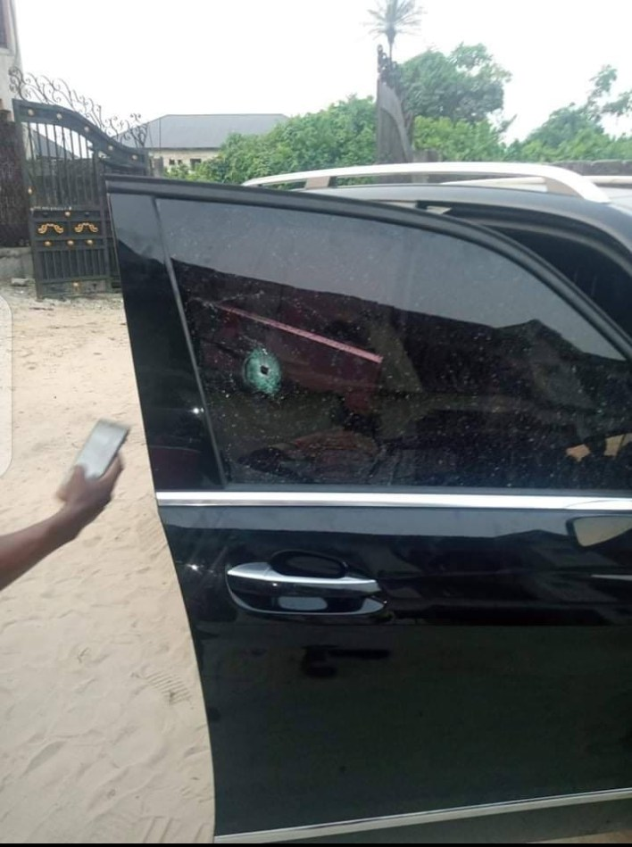 PHOTOS: Gunmen assassinate man in broad daylight in Delta