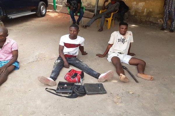 PHOTOS: Police arrest phone snatcher, robbery suspects in Anambra