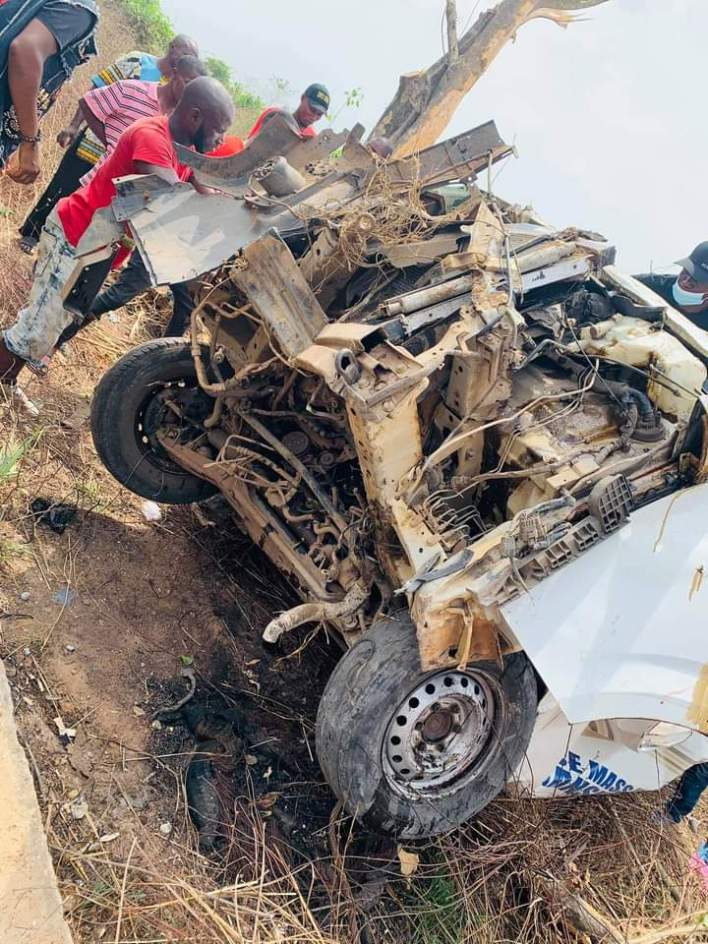 PHOTOS: 3 Killed, Others Injured And A Baby With No Scratch In Peace Mass Transmit Auto Crash