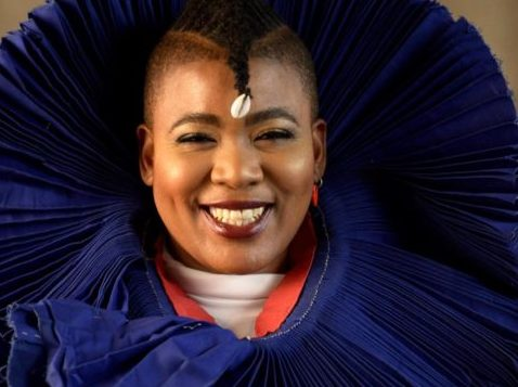 Thandiswa Mazwai slams government for looting while artists suffer