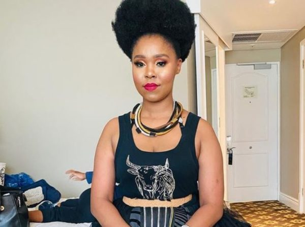 Photos: Zahara all glammed up in new post
