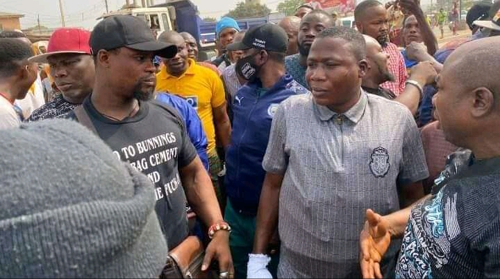 BREAKING: Yoruba activist, Sunday Igboho lands in Ogun state, storm Yewa LG to flush Fulani herdsmen (Photos)