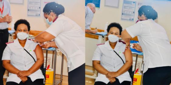 Nurse Zoliswa Gigi-Dyosi receives the Covid-19 vaccine making her the first in South Africa