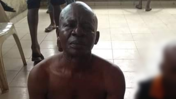 PHOTOS: Youths apprehend elderly man caught raping 8-year-old girl in Abia