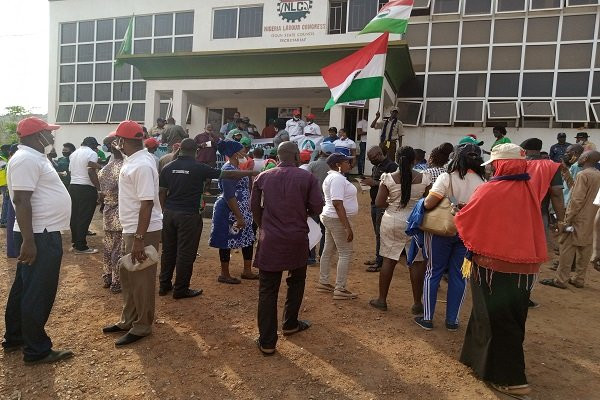 Minimum wage: NLC, TUC members embark on nationwide protest (photos)