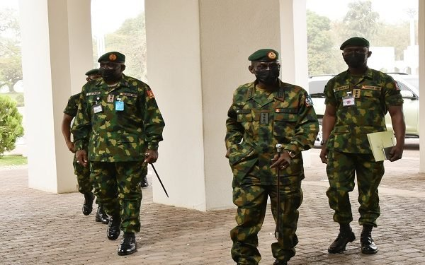 BREAKING: Buhari meets Service Chiefs ahead of 'Routine Medical Check Up' In London