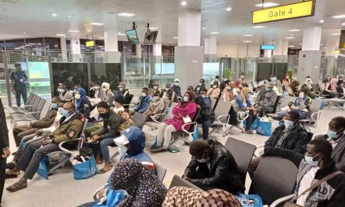 118 Nigerians stranded in Libya return to Nigeria