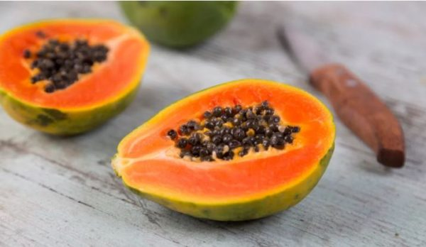Pawpaw: 5 amazing beauty benefits and how to use it