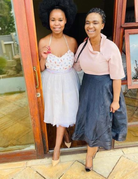 Zahara mourns the death of her sister