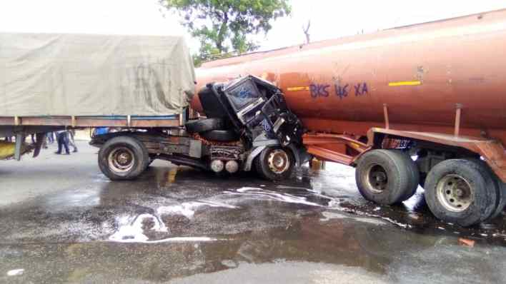 Deaths averted as petrol tanker, truck collide in Calabar