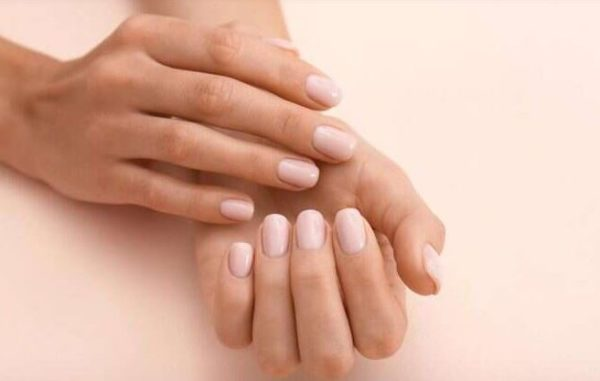 6 home remedies to get soft & smooth hands