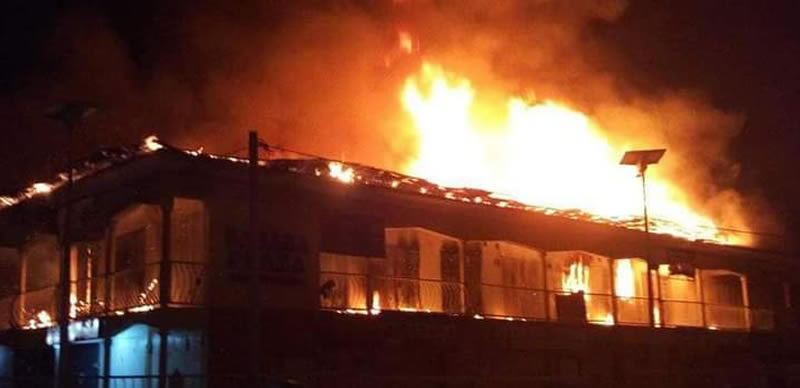 VIDEO: Cairo market in Oshodi, Lagos state gutted by fire