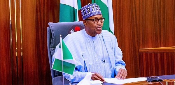 Avoid incendiary words that can hurt Nigeria's unity, Buhari urges journalists