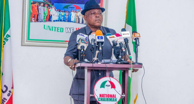 PDP receives former Ayade's aides who refused to join APC
