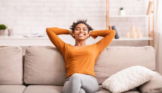 5 happiness hacks to boost your mood quickly
