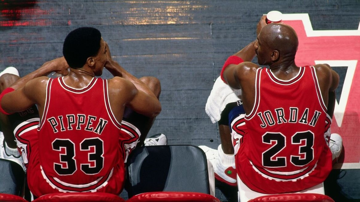 """""""He Cheated on Few of His Bets"""": Scottie Pippen Gives a Sneak Peek on Michael Jordan's Competitive Gambling"""
